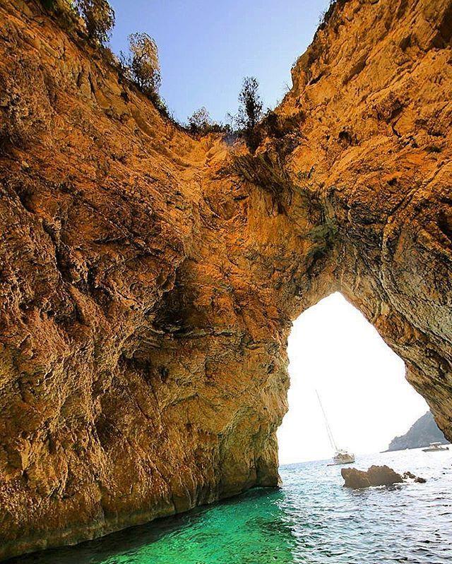 Beautiful shot! #Palaiokastritsa #Corfu Photo credits: @krasi_mir