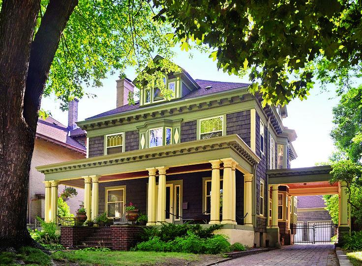 25+ Best Ideas About Foursquare House On Pinterest