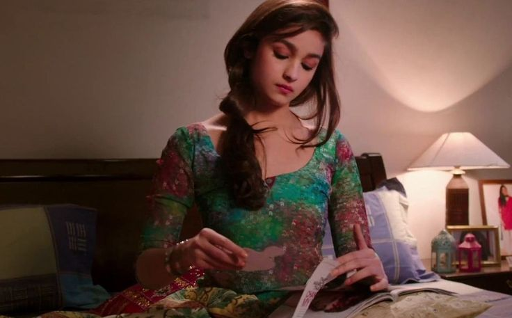 Alia Bhatt Hot Photo Gallery - Found Pix
