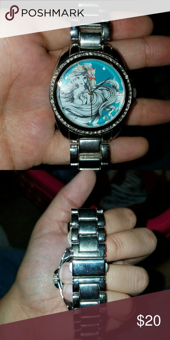 Little mermaid watch Needs battery. Had a few scratches nothing bad. Nice watch. Needs battery. Accessories Watches