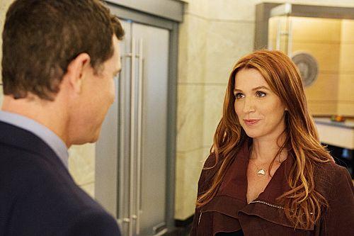 Unforgettable Season 3 Episode 6 Stray Bullet 3 # 357184
