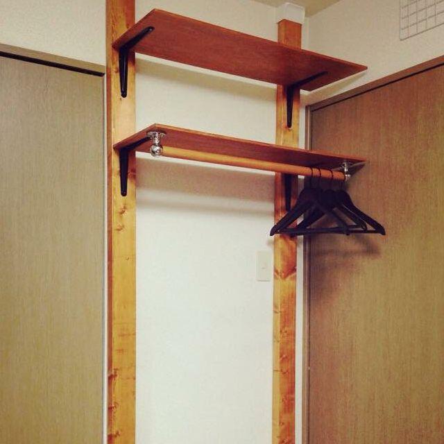 女性で、1LDK、カップル住まいのディアウォール/ハンガーラック/DIY/棚についてのインテリア実例を紹介。(この写真は 2015-02-19 14:03:35 に共有されました)
