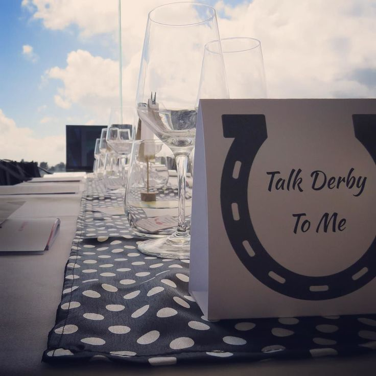 Table name cards for the #skinjuiceladiesday derby day themed lounge