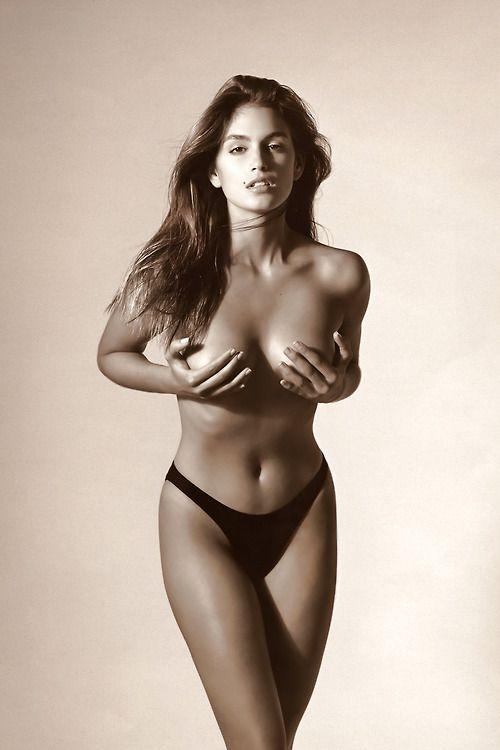 cindy crawford fakes nudes