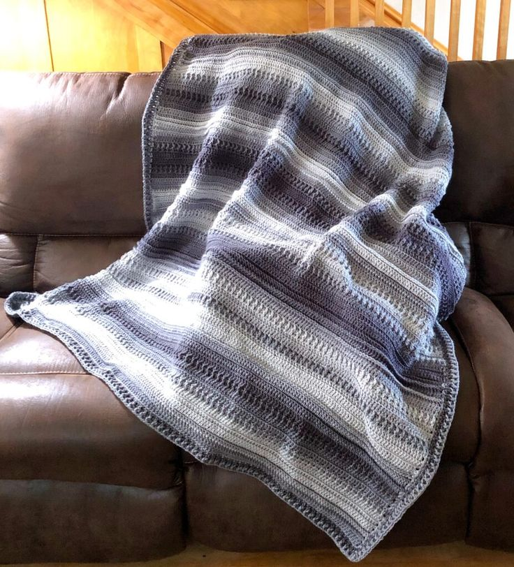 Easy Ombre Baby Blanket Free Crochet Pattern