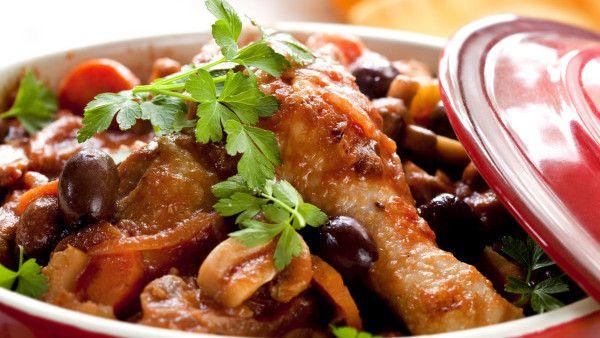 Dušené kuře na olivách