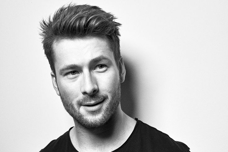 Glen Powell Orbits Closer to Stardom Playing John Glenn in Hidden Figures