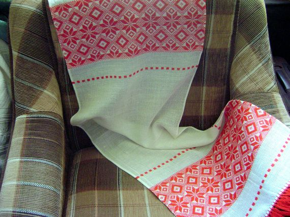 Vintage towel Traditional folk towel Romanian towel Red by WowOne