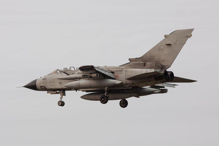 https://flic.kr/p/Ze3VsU   Kleine Brogel EBBL 2017 : Italian air force Tornado IDS mm7075 6-07