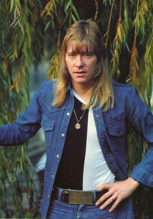 Brian Connolly, late singer for The Sweet, had a powerful, potentially mesmerizing voice and fierce stage presence.