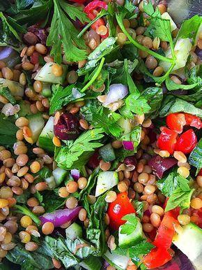 Mediterranean Lentil Salad {Vegan GF} | Whisk and Shout