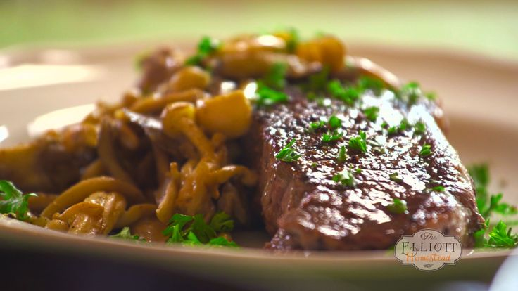CAST IRON STEAK AND MUSHROOMS