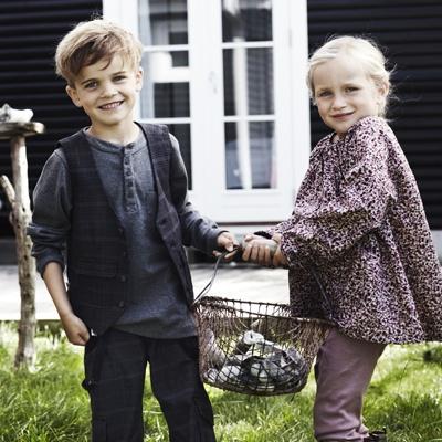 Velkommen til Rose Lille. Drengetøj og pigetøj - børnetøj til alle.