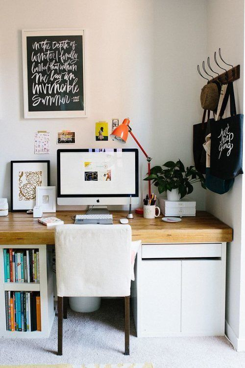 Best 25+ Graphic designer desk ideas on Pinterest | Graphic design ...