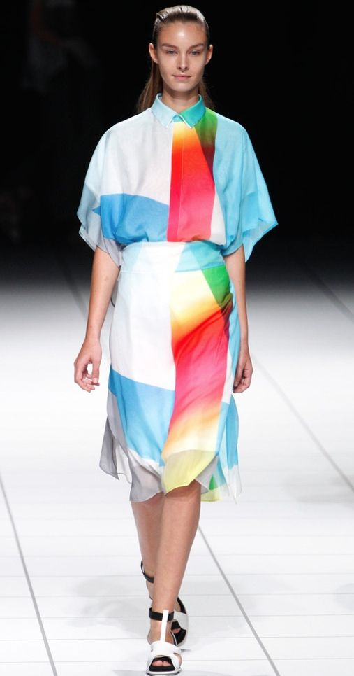 Issey Miyake Spring 2014 Ready-to-Wear