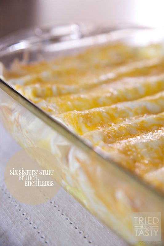 Six Sisters' Stuff Brunch Enchiladas  and book review from Tried and Tasty #breakfast #eggs