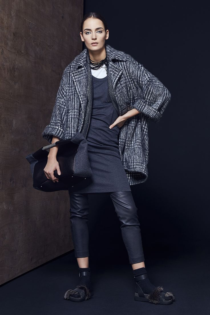 Brunello Cucinelli Fall 2016 Ready-to-Wear Collection Photos - Vogue
