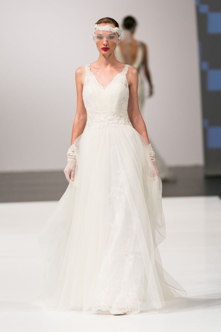 Vintage Trends Dress by Annasul Y Available from www.gilingandwhitebridal.co.uk