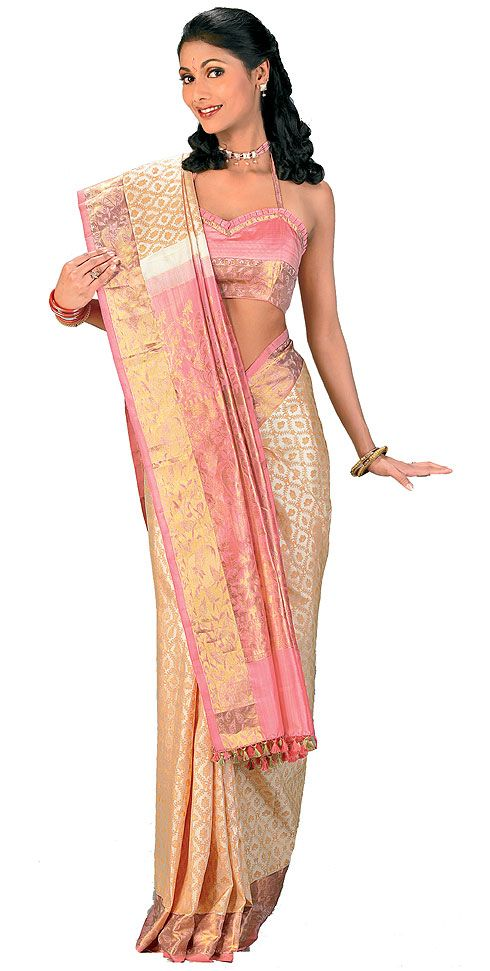Different Ways to Drape a Saree