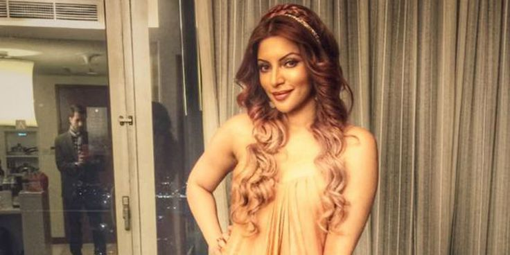 Valentine's Special: Looking Fit And Gorgeous Inspiration From 'Ye Meri Life Hai' Star Shama Sikander - http://www.movienewsguide.com/valentines-special-looking-fit-gorgeous-inspiration-ye-meri-life-hai-star-shama-sikander/156635