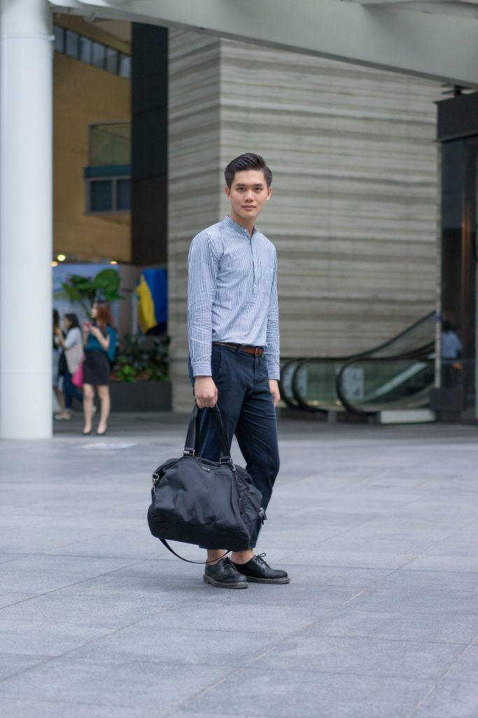 SHENTONISTA: Something On The Side. Jeric, Accounting. Top from H.Connect, Pants from Uniqlo, Shoes from Dr. Martens, Bag from agnès b. #shentonista #theuniform #singapore #fashion #streetystyle #style #ootd #sgootd #ootdsg #wiwt #popular #people #male #female #womenswear #menswear #sgstyle #cbd #HConnect #Uniqlo #DrMartens #agnesb