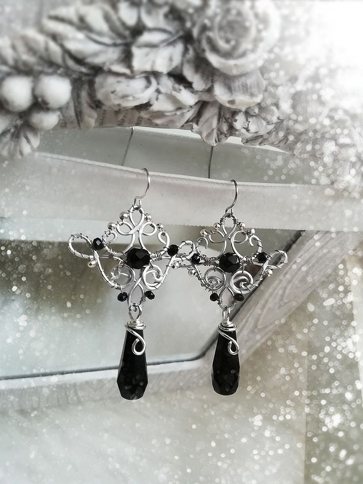 The 57 best Wiro Wire Jewelry images on Pinterest | Wire jewellery ...