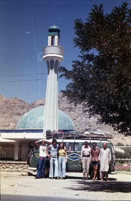 1973 travel from Italy to Afganistan, on the road!