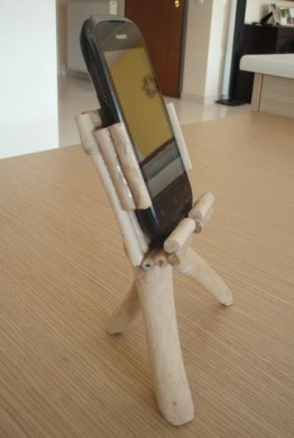 Smartphone holder made from driftwood