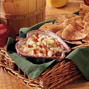 Apple Salsa with Cinnamon Chips: Fruit, Appetizers Recipes, Apples Salsa, Food, Apple Salsa, Dips Appetizers Snacks, Bananas Chips, Chips Recipes, Cinnamon Chips