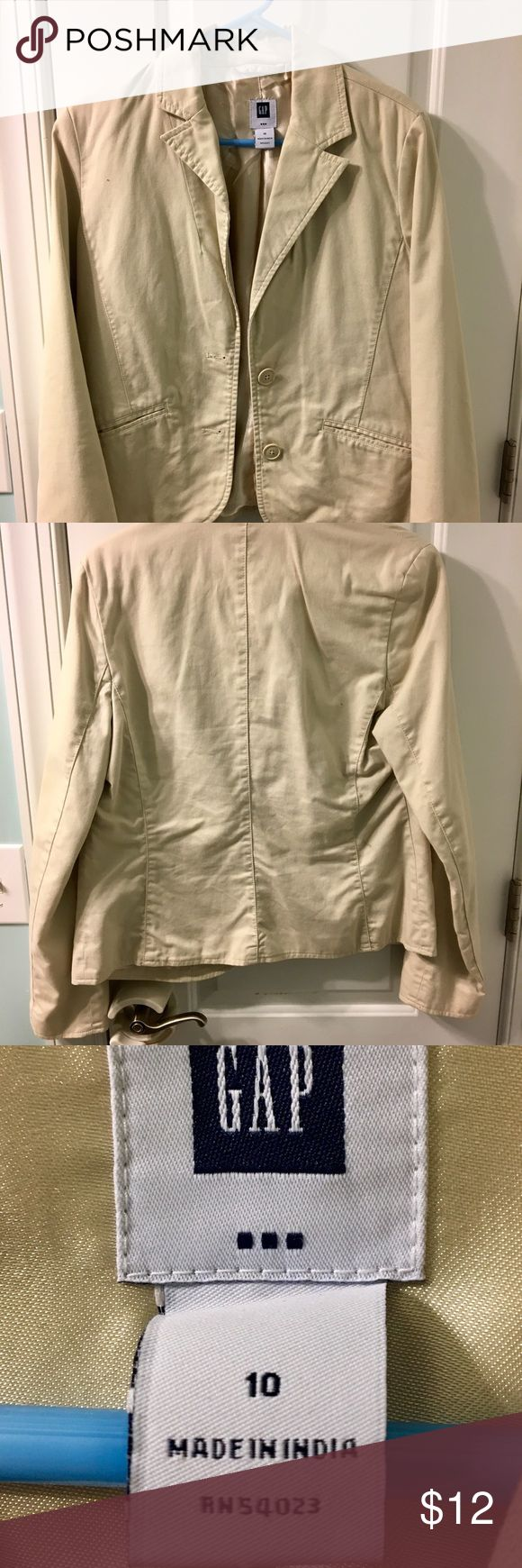 Gap khaki jacket size 10 blazer Gap khaki jacket size 10 GAP Jackets & Coats Blazers