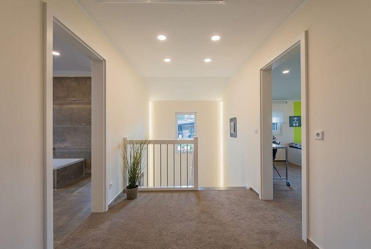 die besten 25 kniestock ideen auf pinterest regale f r dachschr gen dachschr genschrank und. Black Bedroom Furniture Sets. Home Design Ideas