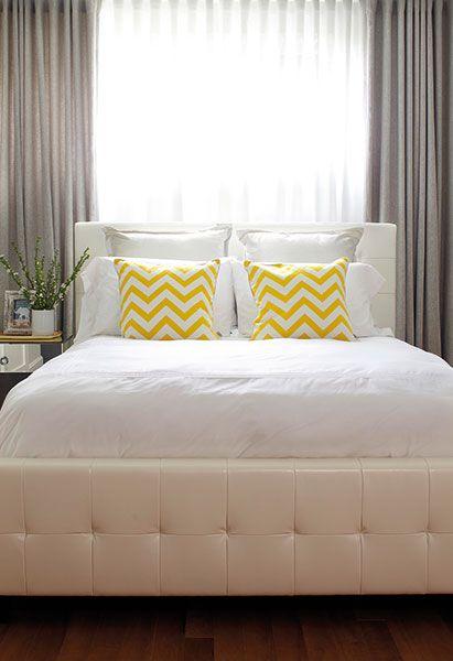 Les 25 meilleures id es de la cat gorie rideaux de chevron gris sur pinterest rideaux pour for Chambre jaune et blanche