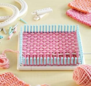 Martha Stewart Knitting Loom Patterns   075677 Martha Stewart Crafts Knit & Weave Loom   Lion Brands Yarns ...