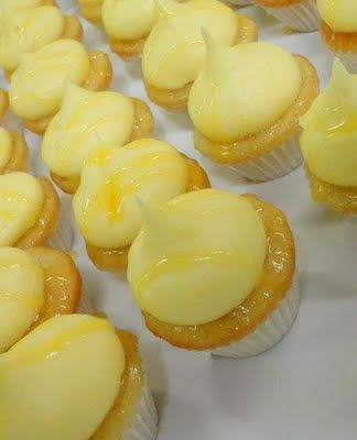 Mango, Pineapple & Passion Fruit Mini Cupcake Recipe - delish!