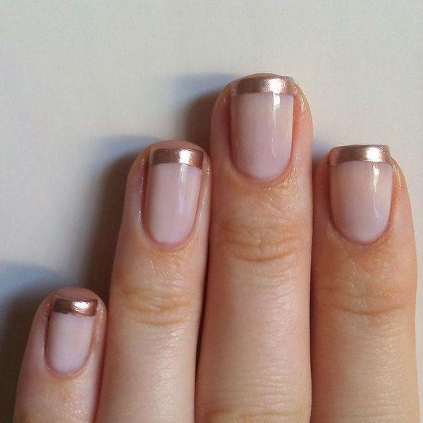 Simple and easy french nails in golden - Sencilla decoracion de uñas estilo francesas con color dorado