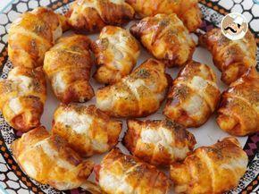 Recette Apéritif : Mini croissants pizza au jambon et fromage par Ptitchef_officiel