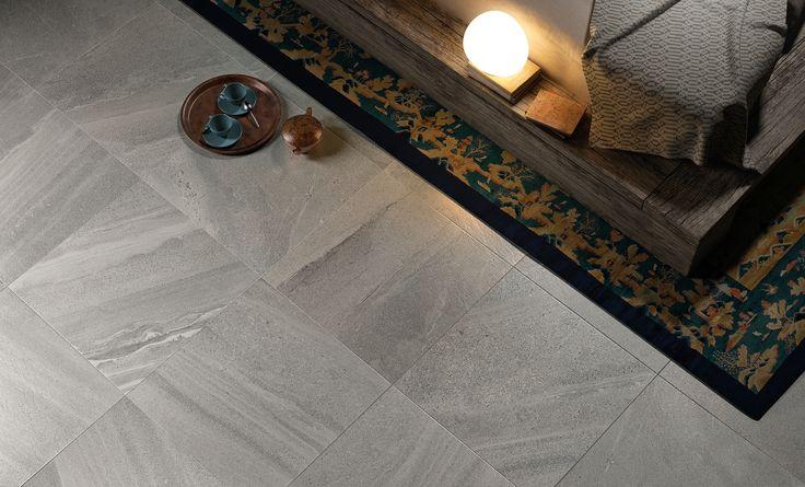 Per il pavimento di questa camera è stato scelto il colore Pearl della nostra collezione effetto pietra: Lake Stone http://www.supergres.com/your-home/pavimenti/item/565-lake-stone