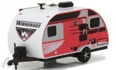 diecast modelcar greenlight winnebago winnie+drop+1710 225507 med.jpg