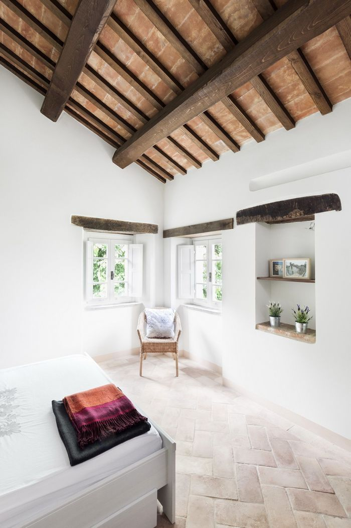 Тосканский дом в здании старой конюшни – Красивые квартиры