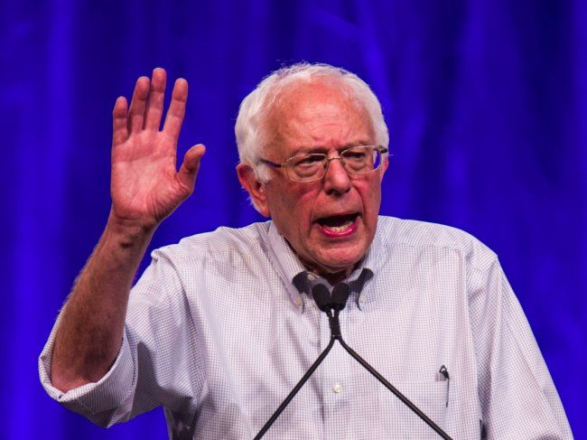 Bernie Sanders surges ahead of Hillary Clinton in stunning new 2016 poll!  Go Bernie!!!