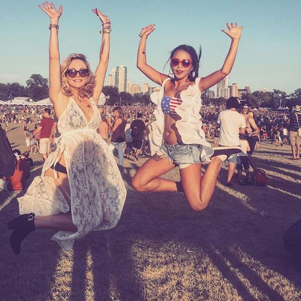 - Classic festival style abounded on weekend 1 of ACL, including lots of lace, heart-shaped sunnies, distressed denim and a healthy dose of patriotism. @dasa_blue