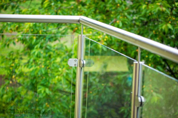 poręcz z aluminium balustrada szklana efektowny balkon - Balkon, Poddasze, Barierka, Podjazd, Dom, Balustrada, Elewacja, Tynk, Szklana Balustrada, Balustrada Nierdzewna