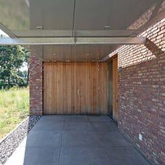carport: minimalistische Garage/schuur door Joris Verhoeven Architectuur
