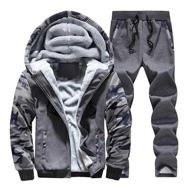 HEE GRAND 2017 Fashion Suit Men Style Long Sleeve Hoodies And Long Pants Causal Male Tracksuit Set MSX032