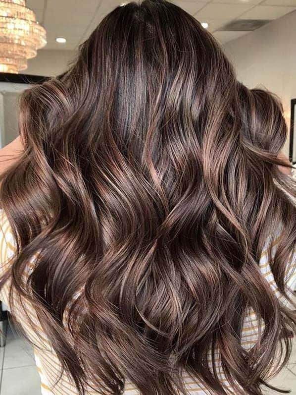 Amazing Chocolate Hair Color Blends To Try In Year 2020 Voguetypes In 2020 Hair Color Chocolate Beautiful Hair Color Brown Brunette Hair Color