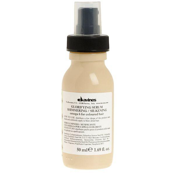 Μετάξι για αύξηση λάμψης των μαλλιών. Περιέχει Ωμέγα 6, ουσιώδη πολύ-ακόρεστα λιπαρά οξέα με ισχυρά αντί-οξειδωτικές ιδιότητες. Δίνει super λάμψη στα μαλλιά χάρη στην προσθήκη σιλικόνης, jojoba και λάδι ηλίανθου. Με φίλτρα προστασίας UV που προστατεύουν το χρώμα από την ηλιακή ακτινοβολία. www.hairsecrets.gr