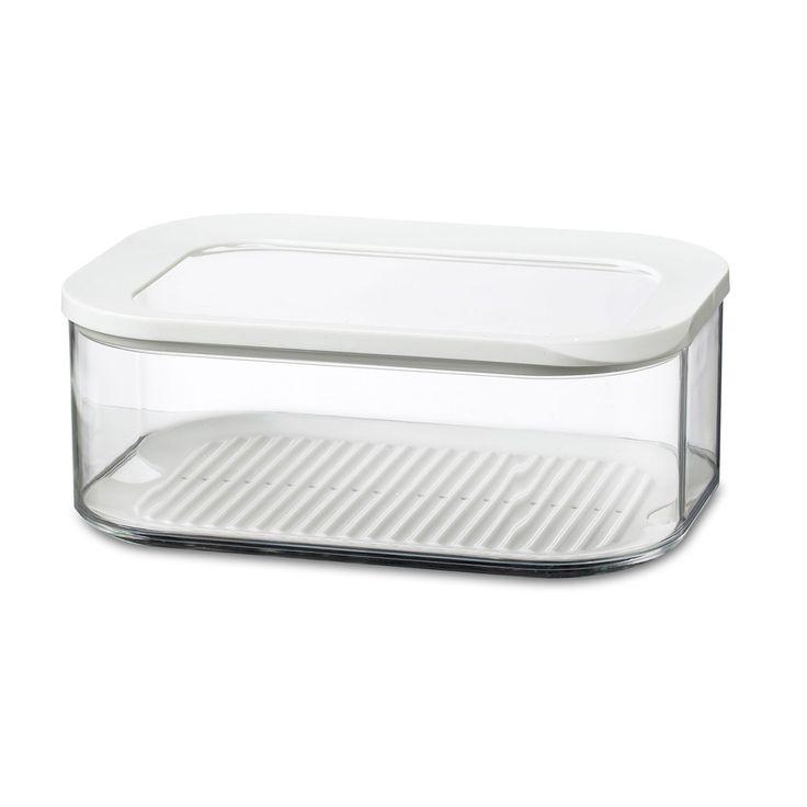 Kaasdoos Modula, voorzien van een doorzichtige deksel met witte ring. De rechthoekige Modula kaasdoos met afgeronde hoeken heeft een inhoud van 2000 ml, is standaard voorzien van een anticondens tray en geeft direct zicht op inhoud, ook in de koelkast! De witte afdichtring zorgt voor een luchtdichte afsluiting, waardoor deze doos geschikt is voor het bewaren van diverse kaassoorten. De Modula bewaar- en opbergdozen van Rosti Mepal zijn verkrijgbaar in verschillende maten en uitvoeringen…