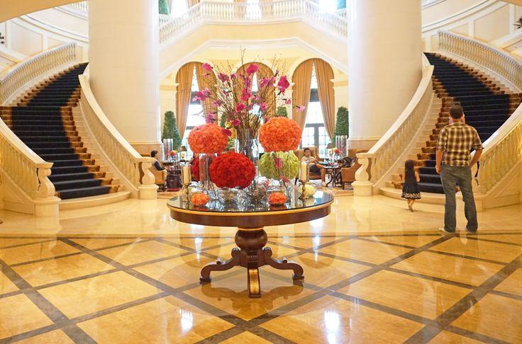 Hotel lobby - Four Seasons Hotel Macau