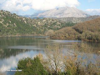 ΡΟΔΟΣυλλέκτης: Λίμνη Ζηρού... μια πανέμορφη λίμνη!!