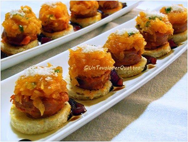 Ricette con la zucca salsiccia cipolla rossa di Tropea finger food : bocconcini di zucca e salsiccia
